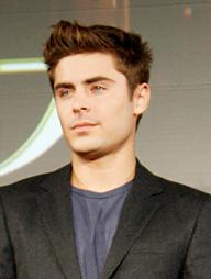映画「ニューイヤーズ・イブ」で2年7ヶ月ぶりとなる来日を果たしたザック・エフロンの記者会見が、2012年12月15日、都内のホテルにて行われた。