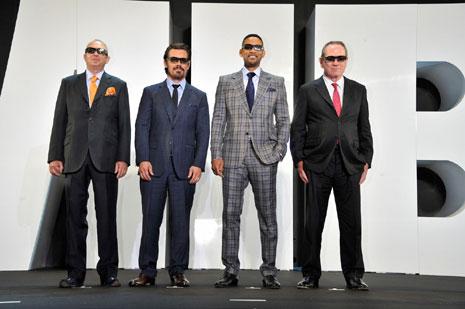 (左から)バリー・ソネンフェルド監督、ジョシュ・ブローリン、ウィル・スミス、トミー・リー・ジョーンズ