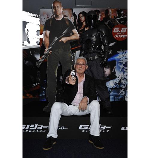 映画「G.I.ジョー バック2リベンジ」宍戸錠がジョー司令官に就任! 早撃ちアクションでブルースに宣戦布告!?