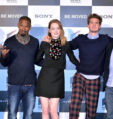 (左から)ジェイミー・フォックス、エマ・ストーン、アンドリュー・ガーフィールド