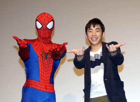 トークイベントに登場したスパイダーマンと織田信成