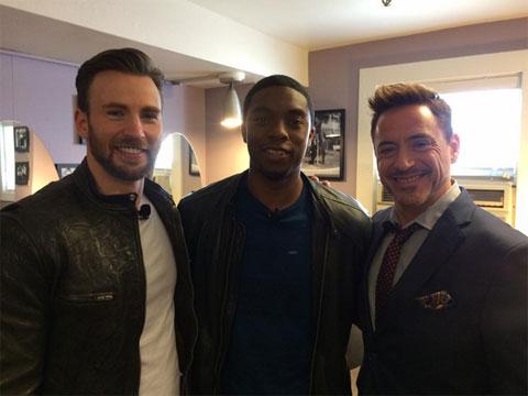 (左から)キャプテン・アメリカ役クリス・エヴァンス、ブラック・パンサー役に抜擢されたチャドウィック・ボーズマン、アイアンマン役ロバート・ダウニー・Jr