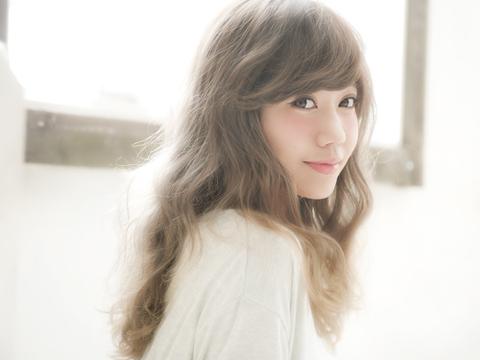 歌姫MACO、マライア・キャリーの名曲「All I Want For Christmas Is You」日本語カヴァーを公開! クリスマス当日にミニライブ開催決定