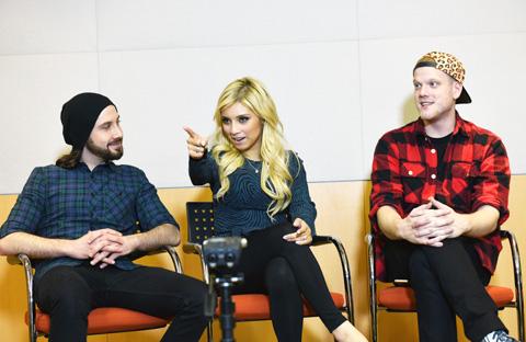 (左から)アヴィ、カースティン、スコット (C)TVGroove.com