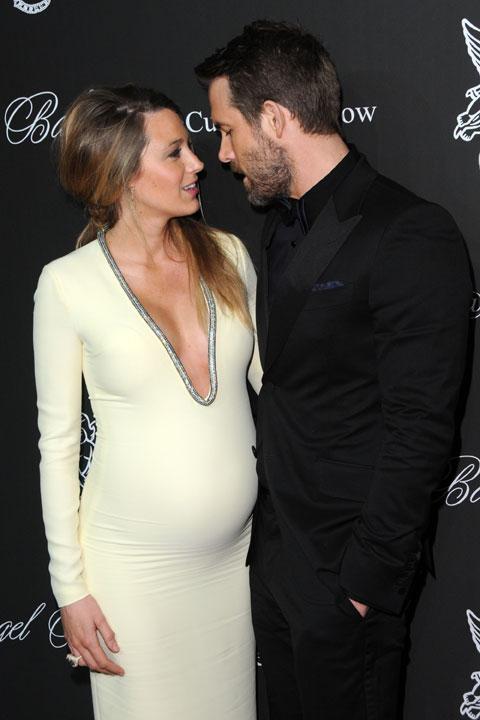 ライアン・レイノルズと、当時妊娠中の妻ブレイク・ライブリー (2014年10月撮影)