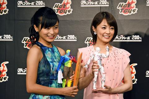 (左から)小島瑠璃子、小林麻耶