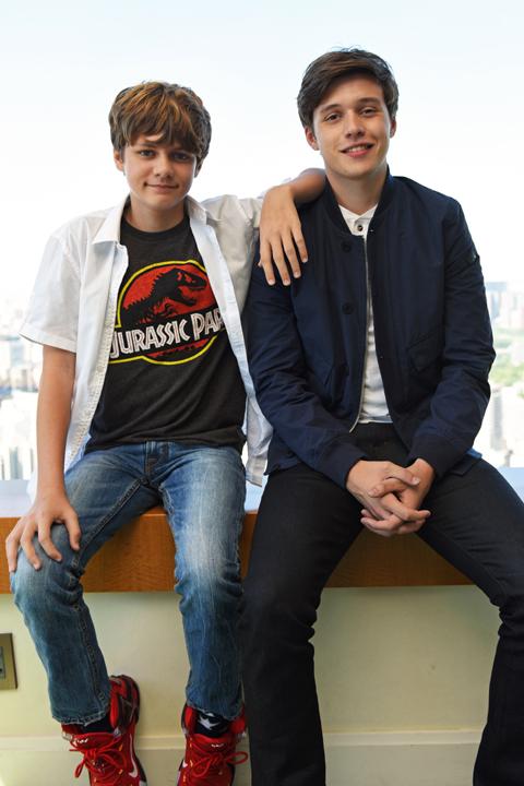 タイ・シンプキンス(左)、ニック・ロビンソン (C)TVGroove.com