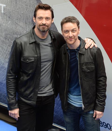 ヒュー・ジャックマン(左)、ジェームズ・マカヴォイ