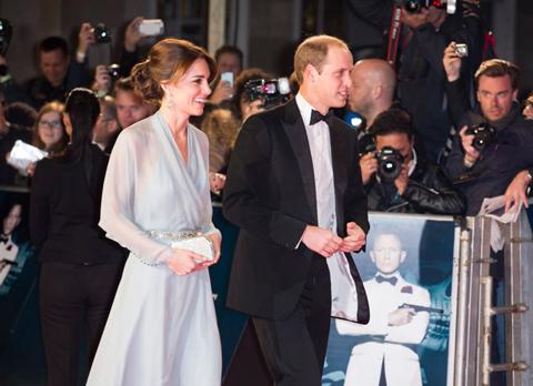 ウィリアム王子(右)とキャサリン妃(左)