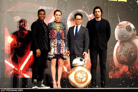 『スター・ウォーズ/フォースの覚醒』は、12月18日(金)より全国公開 / TVGroove.com