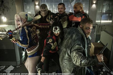 ヒーローによって投獄された悪党たちが主人公! 映画「スーサイド・スクワッド」、ジョーカーも登場の超ロックな予告編解禁
