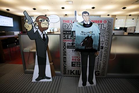 オフィス内では、NETFLIX利用者におなじみのキャラクターも発見