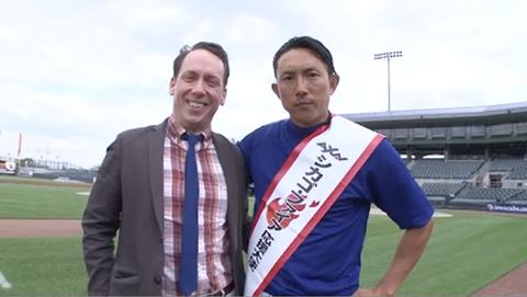 川﨑宗則選手(右)