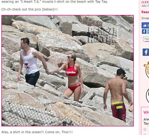 確かにこれは恥ずかしい!? 「I ♡ T.S.」タンクトップ姿のトムと、テイラー本人