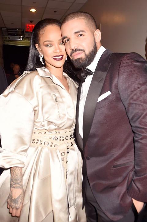 リアーナ、ドレイク @RihannaOnlineBR / Twitter