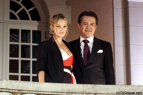 ケイト・モスと、小林一俊代表取締役社長