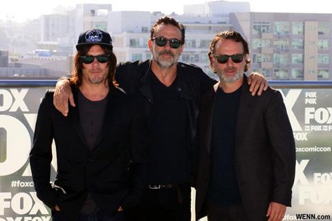 「ウォーキング・デッド」出演者たち (左から)ノーマン・リーダス、ジェフリー・ディーン・モーガン、アンドリュー・リンカーン