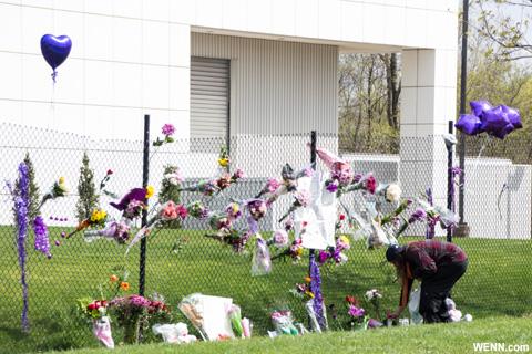 プリンス死去が報じられた直後のペイズリーパーク 2016年4月撮影