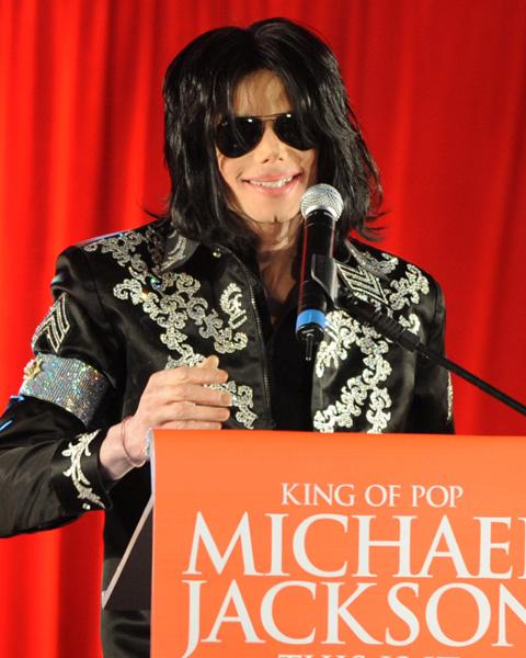 マイケル・ジャクソン (2009年撮影)