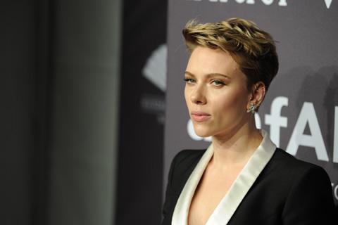 スカーレット・ヨハンソン、ハリウッドの性差別問題は実在すると熱弁