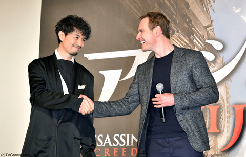 (左から)斎藤工、マイケル・ファスベンダー