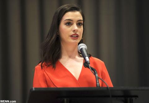 国連でスピーチを行った際の、アン・ハサウェイ