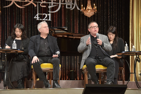 アラン・メンケン(左)、ビル・コンドン