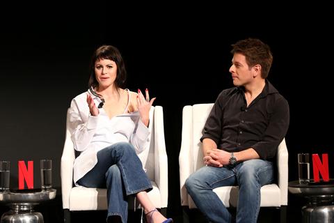 ソフィア・アモルーソ(左)、クリスチャン・ディッター監督(右)