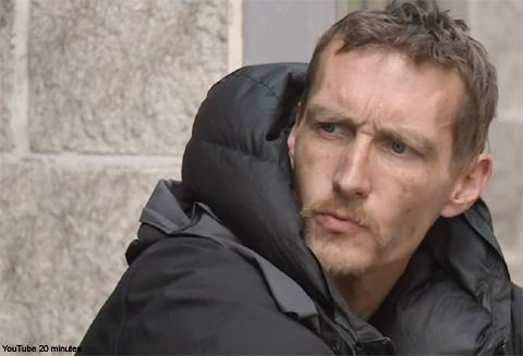テロ被害者の救助にあたり「マンチェスターのヒーロー」と呼ばれたホームレス男性、社会復帰へ第一歩