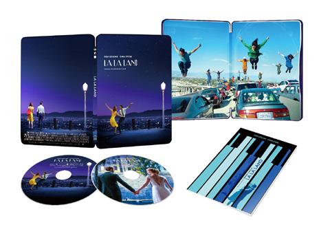 <Blu-ray コレクターズ・エディション 2枚組 【初回限定生産スチールブック仕様】>