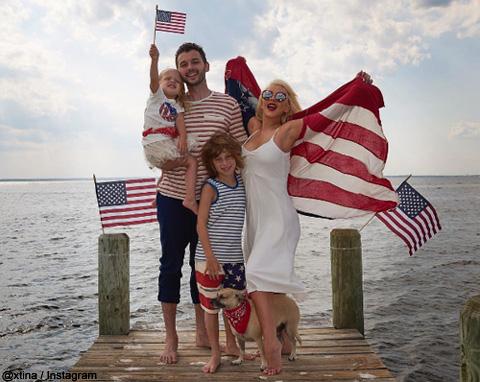 クリスティーナ・アギレラの家族写真