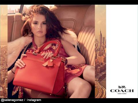 このバッグに、セレーナからジャスティンへのメッセージが…?