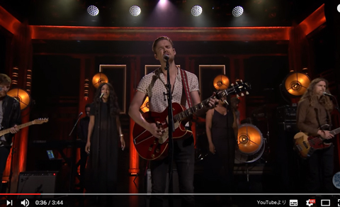 「glee」コード・オーバーストリートが新曲「Hold On」を披露! 甘い歌声に感動[動画あり]