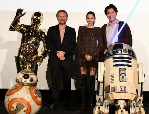 (左から)ライアン監督、河北麻友子、尾上松也