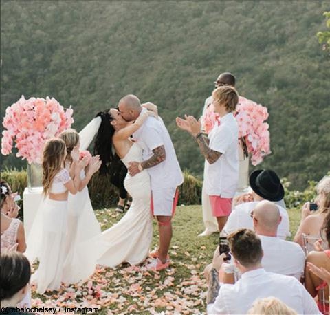父ジェレミーの結婚を祝福するジャスティン・ビーバー