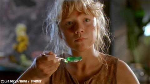 「緑のゼリー」でおなじみのシーン、覚えている方も多いのでは?