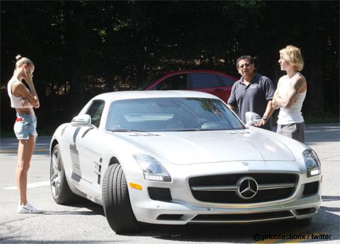 デート中に車が故障したジャスティン・ビーバーとヘイリー・ボールドウィン
