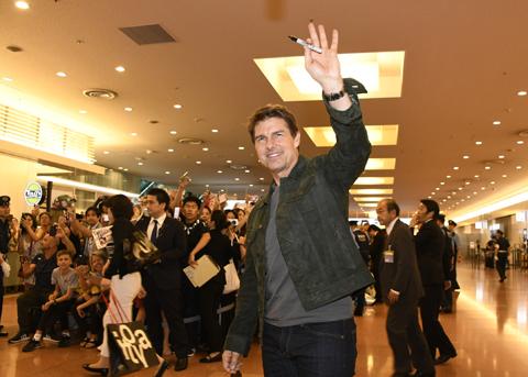 トム・クルーズ、羽田空港到着時