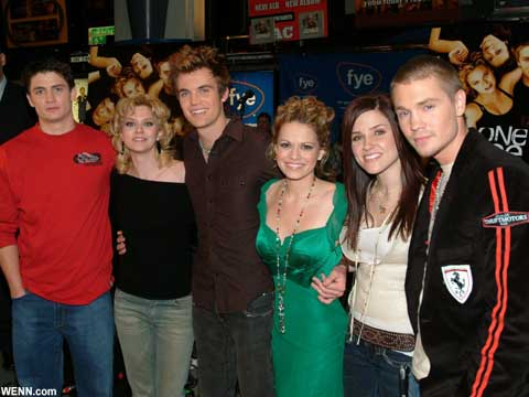 2000年代の人気ドラマ「One Tree Hill」が特番で復活! メインキャストが久々に大集合