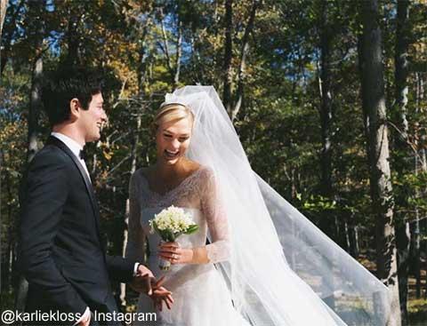 カーリー・クロスが、ジョシュア・クシュナーと結婚! ウェディングは、ディオールのカスタムドレスで[写真]