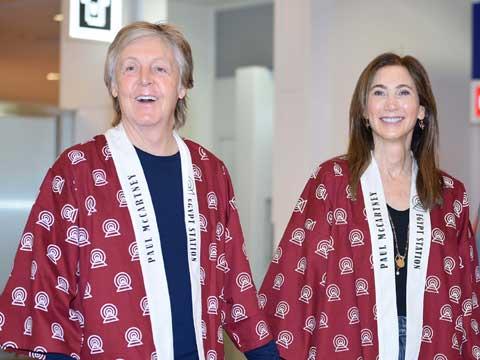 ポールと妻のナンシー・シェヴェル