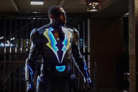 大人気 DCTV シリーズ最新作「ブラックライトニング シーズン1」、2019年2月6日にリリース決定! 引退したはずのヒーローが9年間のブランクを経て、ふたたび悪に立ち向かう