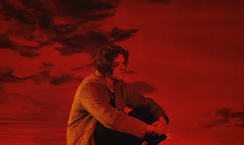 Lewis Capaldi - Divinely Uninspired To A Hellish Extent_アルバムジャケット写真(輸入盤)