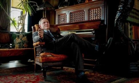 『ナイブズ・アウト/名探偵と刃の館の秘密』