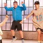 キッズからダンスを教わるジャスティン・ビーバーと、ジェームズ・コーデン