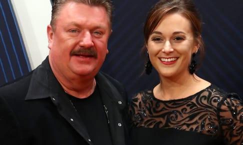 ジョー・ディフィーと妻タラさん