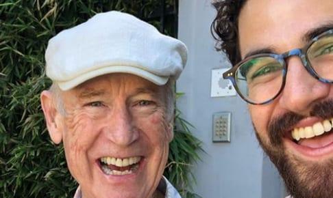 父ビル・クリス(左)とダレン・クリス