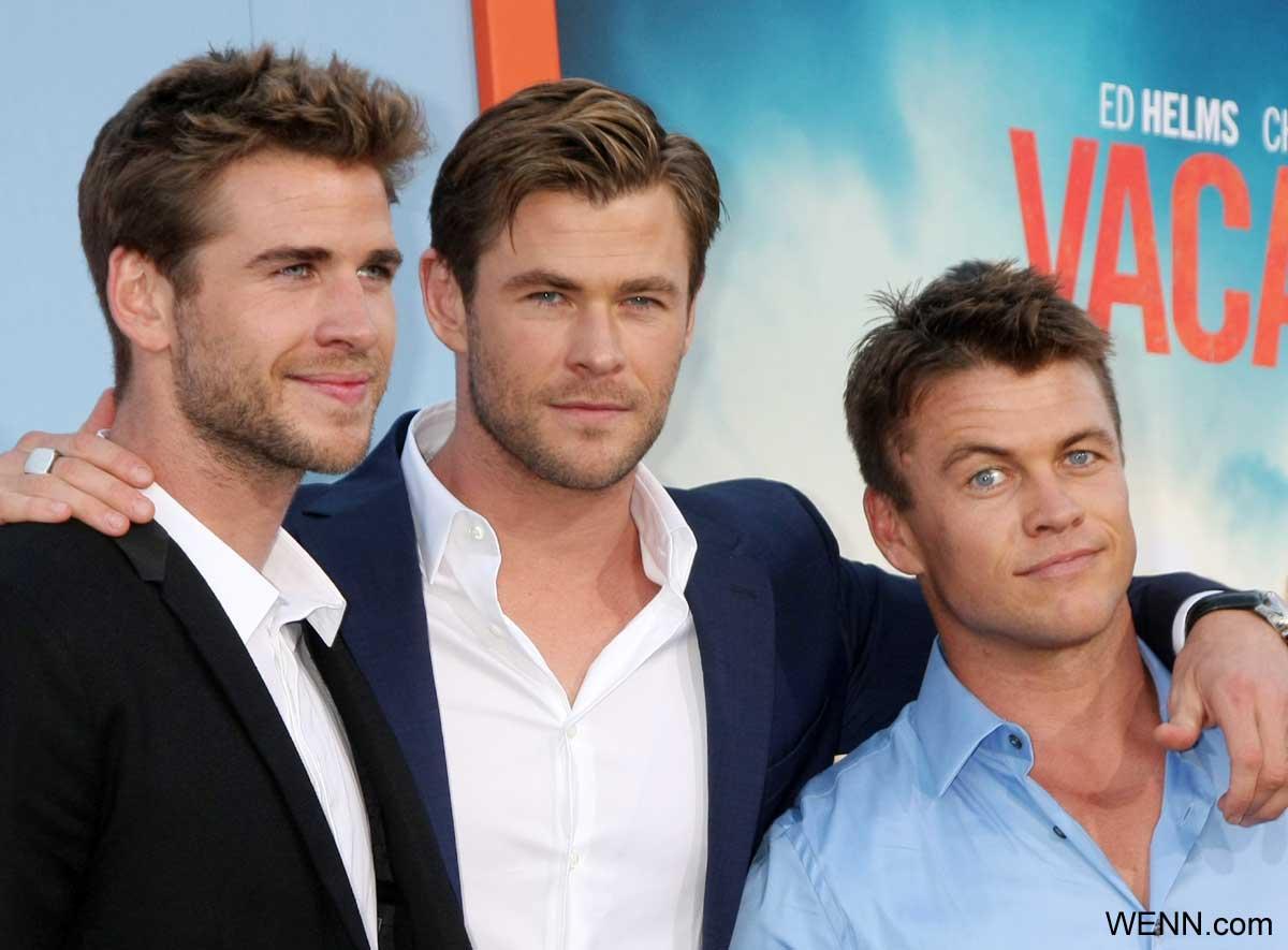 左からリアム、クリス、ルーク・ヘムズワース