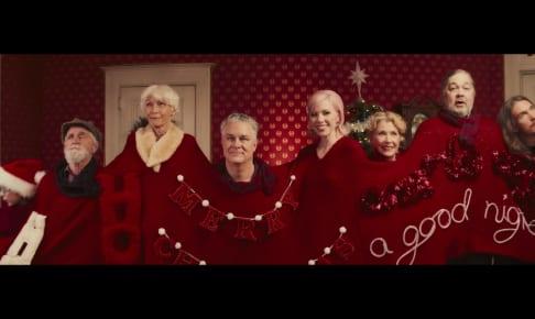 カーリー・レイ・ジェプセン「It's Not Christmas Till Somebody Cries」