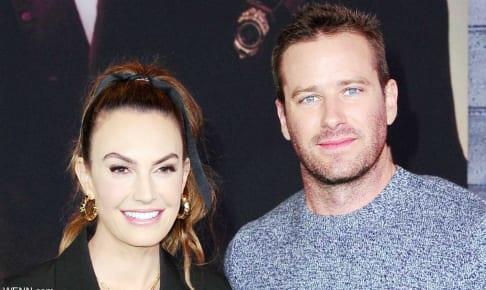 元妻エリザベス・チェンバースとアーミー・ハマー(2020年1月)